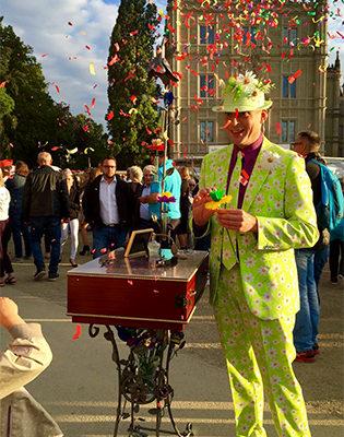 Seidenpapier-Blumenmanufaktur - Schlossplatzfest Coburg